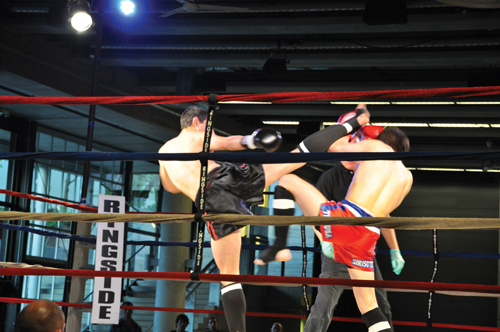 http://nwasianweekly.com/wp-content/uploads/2012/31_23/sports_muay2.jpg