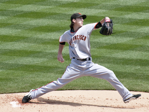 http://nwasianweekly.com/wp-content/uploads/2013/32_13/sports_lincecum.jpg