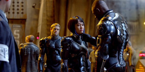 http://nwasianweekly.com/wp-content/uploads/2013/32_30/movies_pacificrim2.jpg
