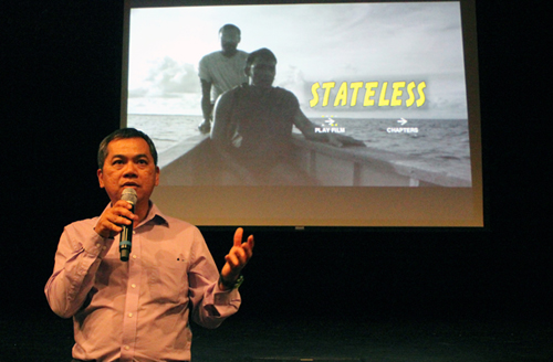 http://nwasianweekly.com/wp-content/uploads/2014/33_23/front_stateless.jpg