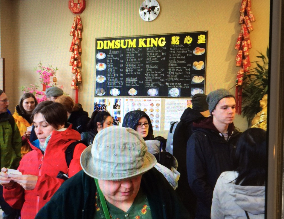 Customers waiting in line at Dim Sum King. (Photo provided by Dim Sum King)
