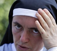 Nun in iconic Italy quake photo texted friends' 'adieu'