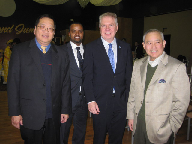 Alan Sugiyama with Mayor Ed Murray, Habtamu Abdi and Kim Long Nguyen at the Vietnamese New Year Lunar Celebration (Photo from EDI)