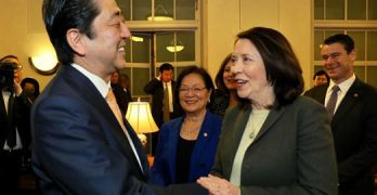 Sen. Cantwell meets with Japanese Prime Minister