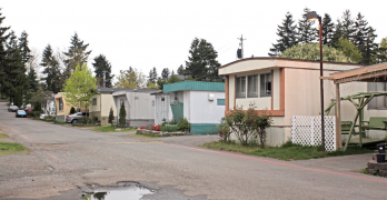 Clock runs out in Olympia on bill to aid SeaTac Area mobile home residents